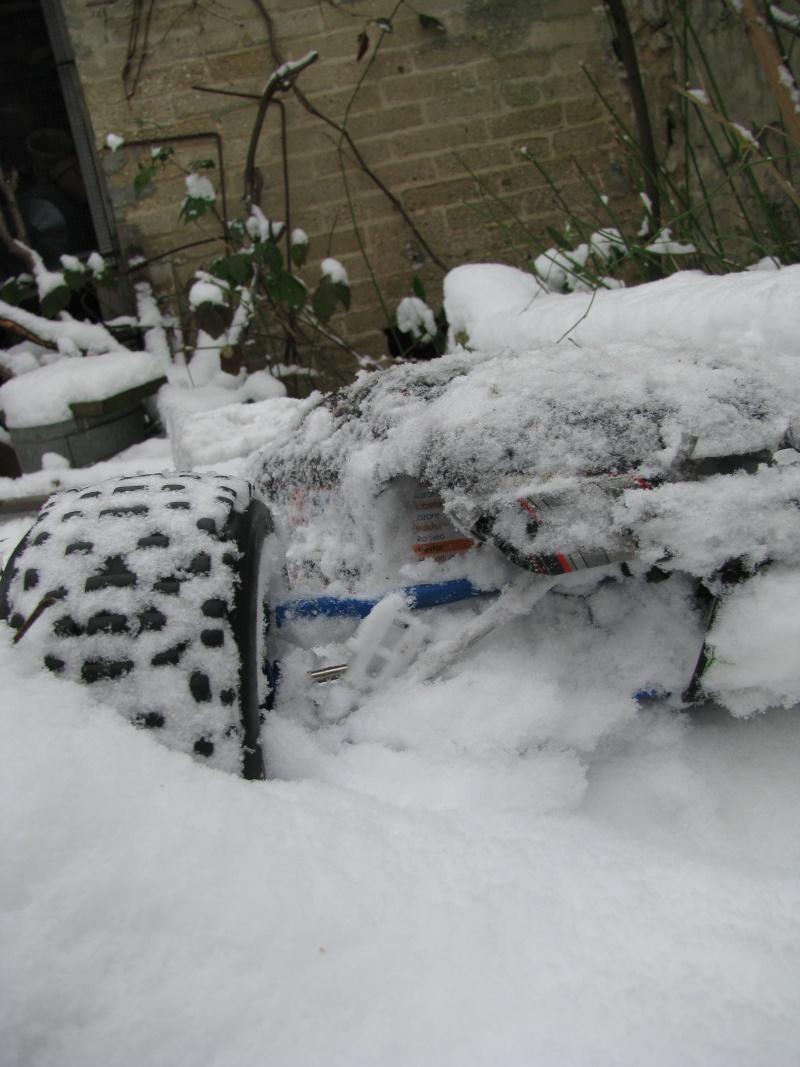 Metal-Geek et Erbe dans la neige. Img_9125