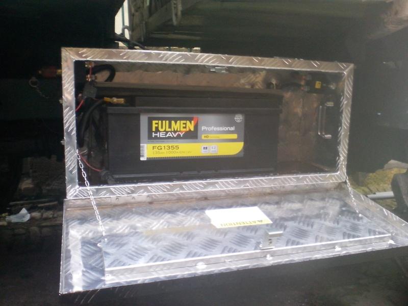 Nouvelle caisse à batterie. Img_2011