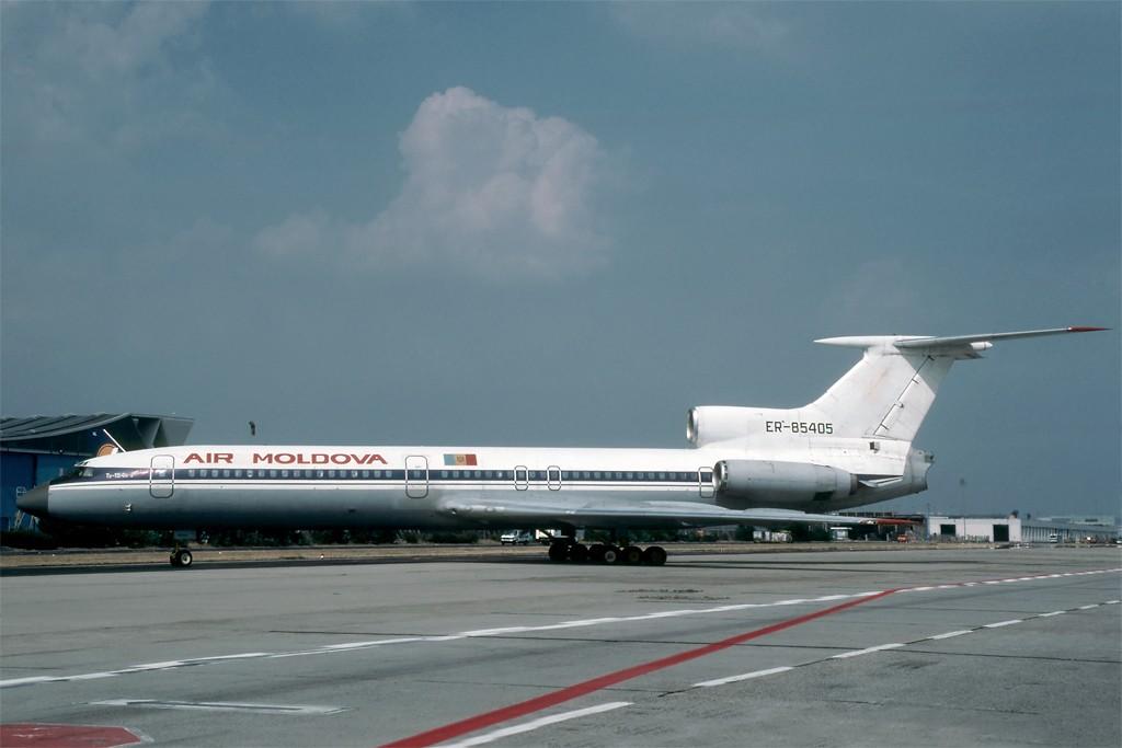 TU-154 in FRA - Page 2 Tu154_18