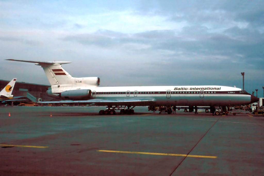 TU-154 in FRA - Page 2 Tu154_27