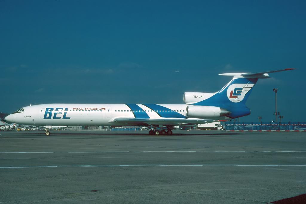 TU-154 in FRA - Page 2 Tu154_29