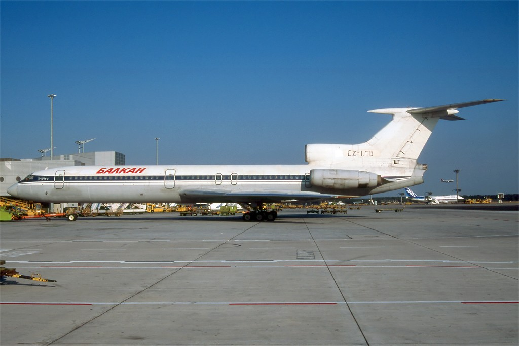 TU-154 in FRA - Page 2 Tu154_36
