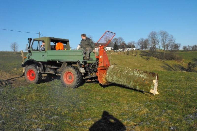 unimog mb-trac wf-trac pour utilisation forestière dans le monde Dscf0010