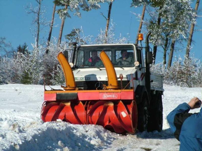 photos unimog chasse neige - Page 2 Dscf2410