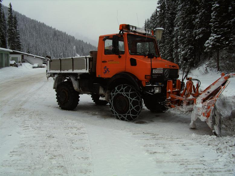 photos unimog chasse neige - Page 2 Fotowe10