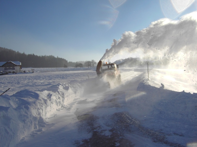 photos unimog chasse neige - Page 2 Pict2110