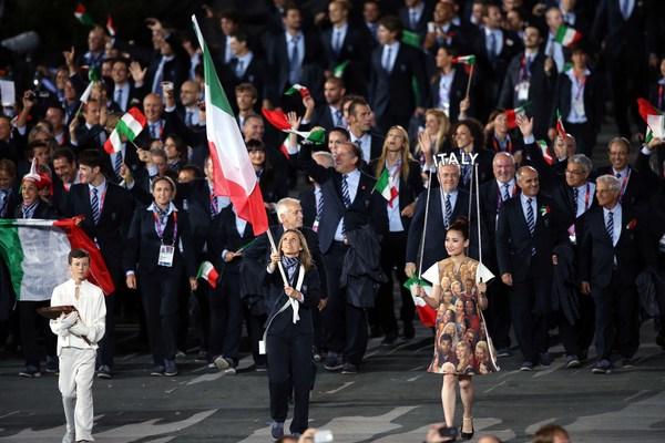 VINCITRICI OLIMPIADI 2012 SIMONA-GAIA2202-RENATA Olimpi10