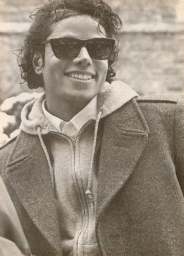 Photos Making of des clips de MJ ! Badtou10