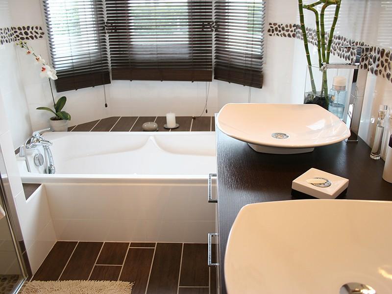 Deco Quelle Couleur Avec Le Wenge Salle De Bain : Une salle de bain zen