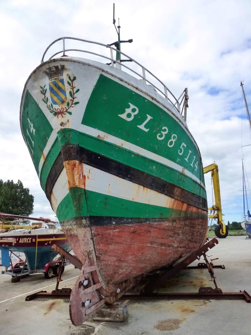 [VIE DES PORTS] Quelques bateaux de pêche (sur nos côtes Françaises) - Page 38 10391_10