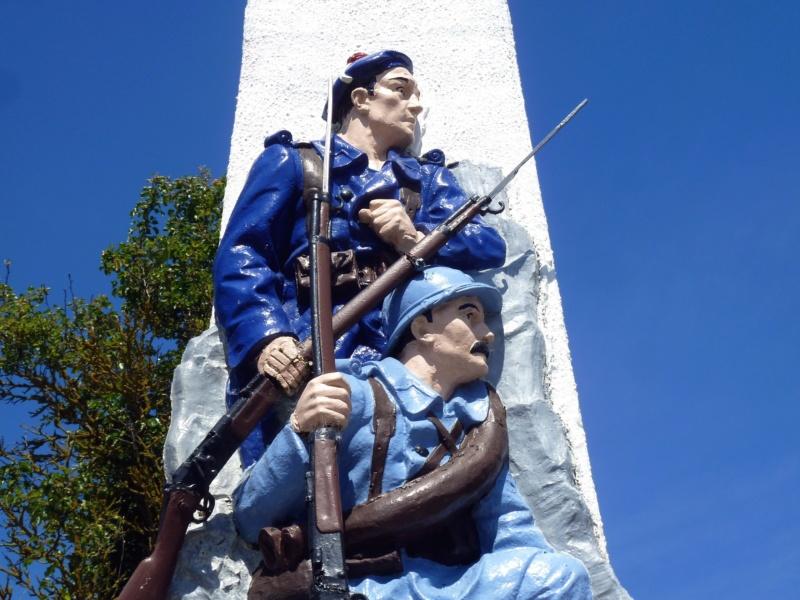 [ Histoires et histoire ] Monuments aux morts originaux Français Tome 2 - Page 7 10414_10