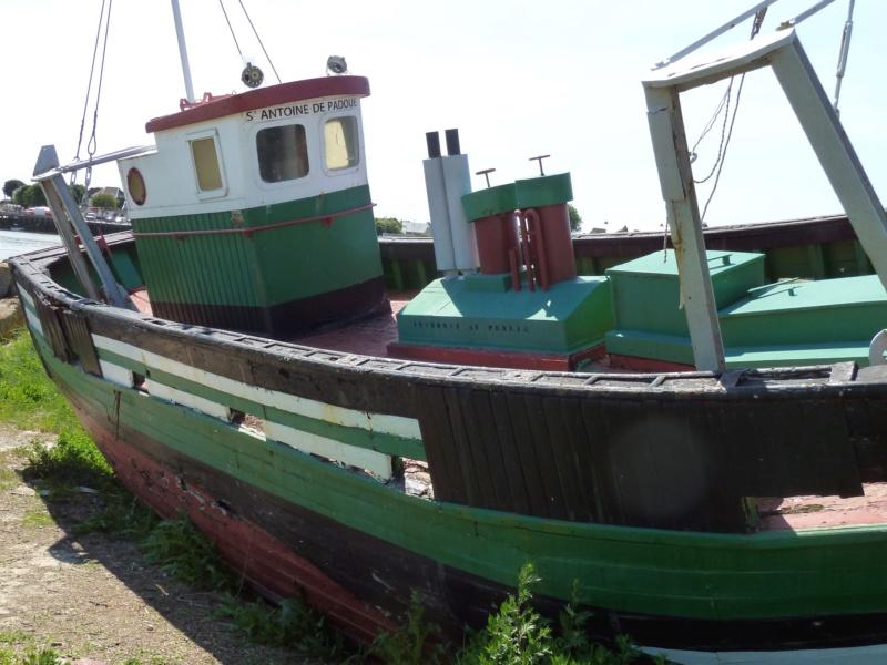 [VIE DES PORTS] Quelques bateaux de pêche (sur nos côtes Françaises) - Page 39 10426_10