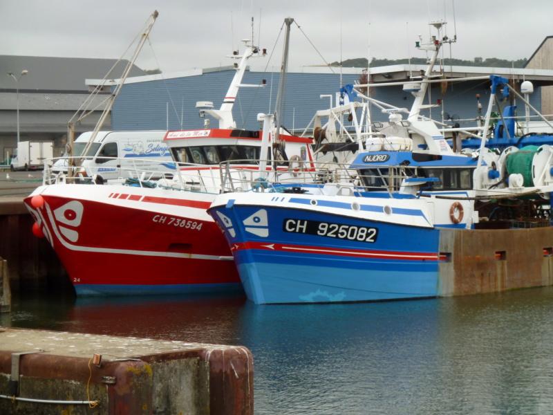 [VIE DES PORTS] Quelques bateaux de pêche (sur nos côtes Françaises) - Page 5 11400_10