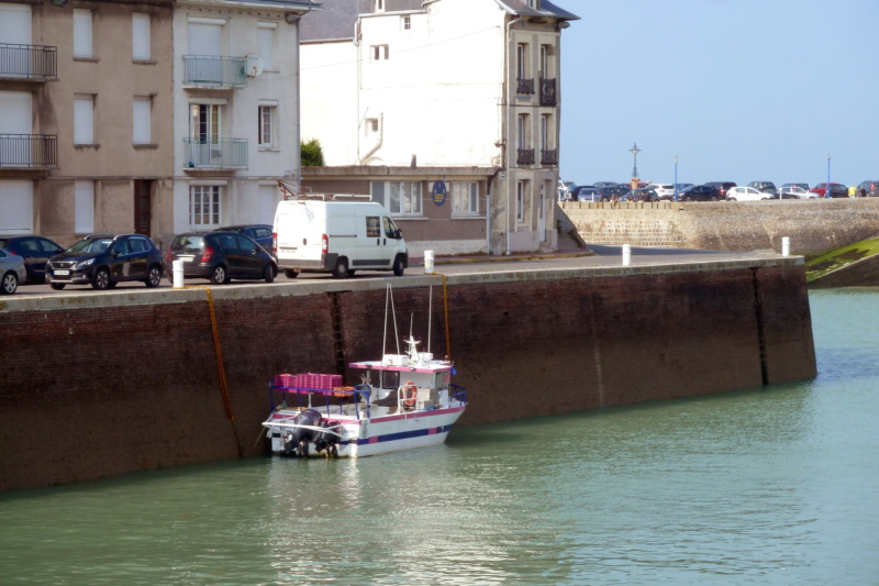 [VIE DES PORTS] Quelques bateaux de pêche (sur nos côtes Françaises) - Page 13 12006_10