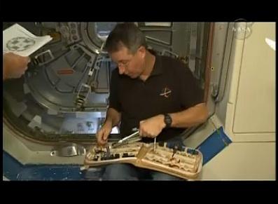 [STS-130] Endeavour : préparatifs - Page 6 Sans_t34