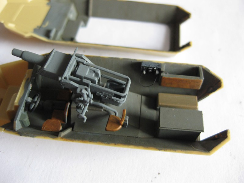 Sd.Kfz.251/9 Ausf. C [Revell; 1/72]: Opréations Anton et Lila Photo_22