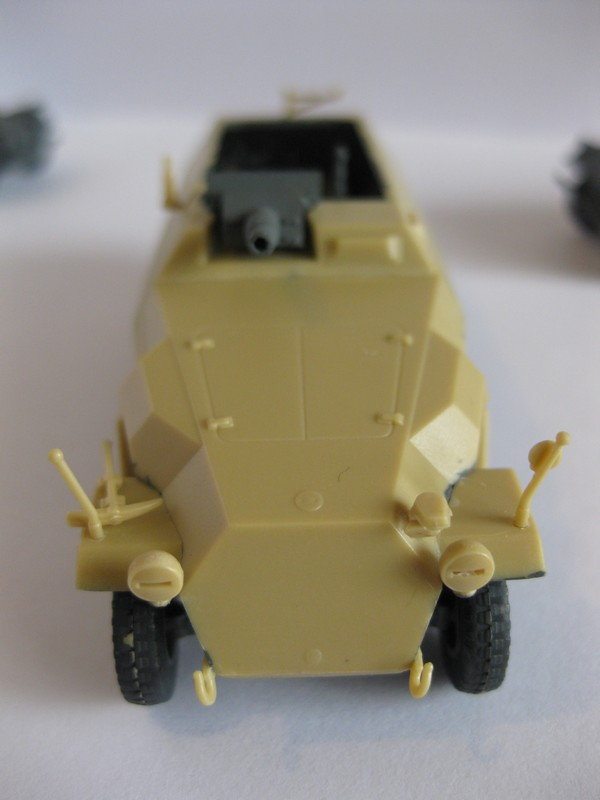 Sd.Kfz.251/9 Ausf. C [Revell; 1/72]: Opréations Anton et Lila Photo_27