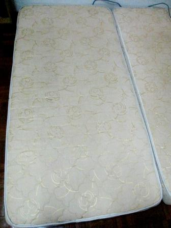 Used Single Bed mattress - Clean and High Quality Img_8412