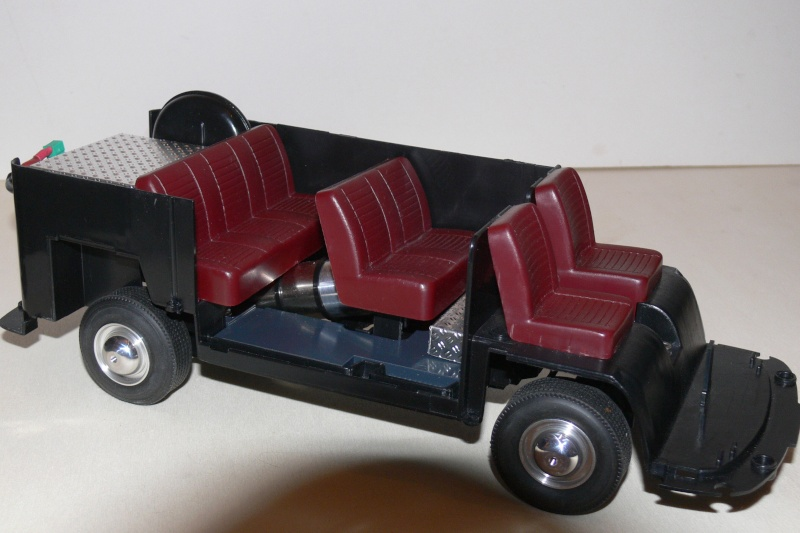 Umbau eines Dickie Toys VW Bulli zu einem RC-Fahrzeug in 1/14 P1270011