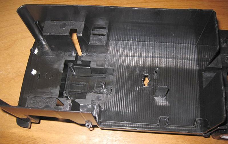 Umbau eines Dickie Toys VW Bulli zu einem RC-Fahrzeug in 1/14 Vw_t2_13