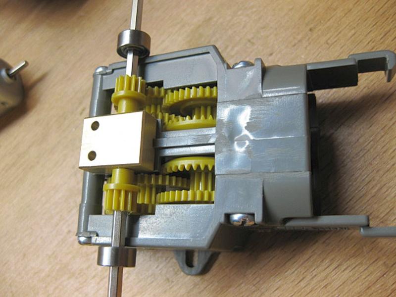 Umbau eines Dickie Toys VW Bulli zu einem RC-Fahrzeug in 1/14 Vw_t2_14