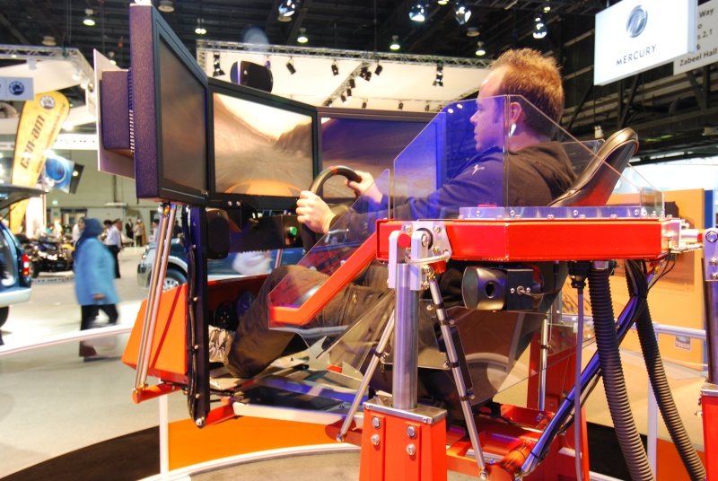 Dubai International Motor Show 2009 - Page 2 Dsc_0622