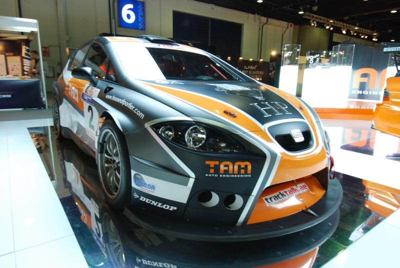 Dubai International Motor Show 2009 - Page 2 Dsc_0624