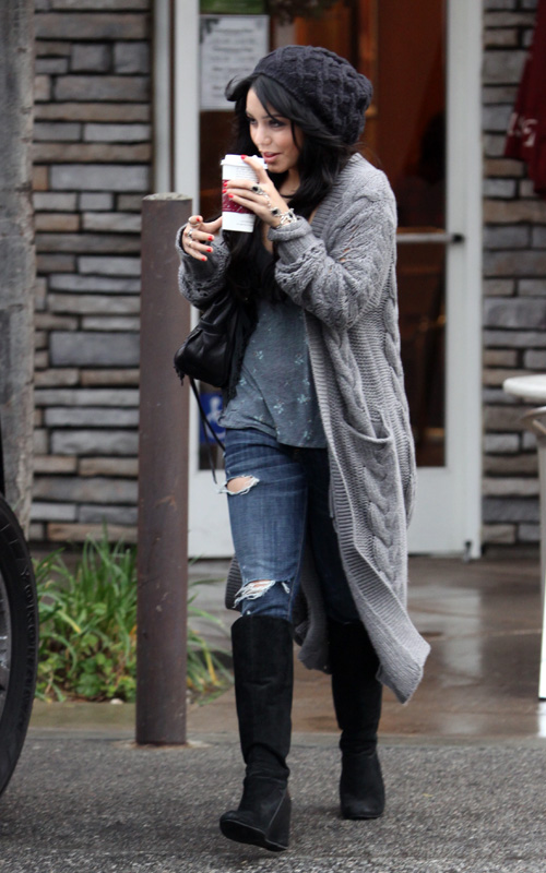 Ashley and Vanessa Hudgens leaving Coffee Bean and Tea Leaf - December 30 2009 Vaness11
