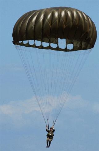 le parachute Round-10