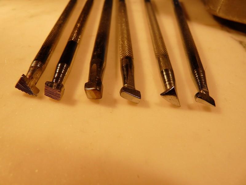 Le repoussage du cuir. P1010314