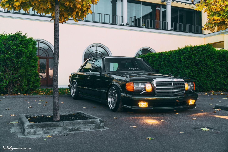 oh les jolie voiture  - Page 29 Dsc02710