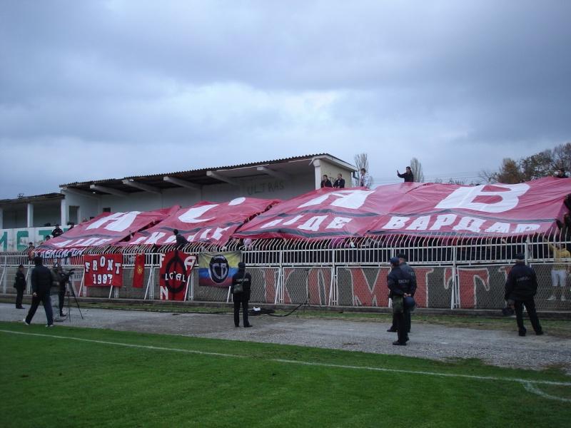 Ultras Choreos (Pyro, Flags, Smokes) 4kf5na11