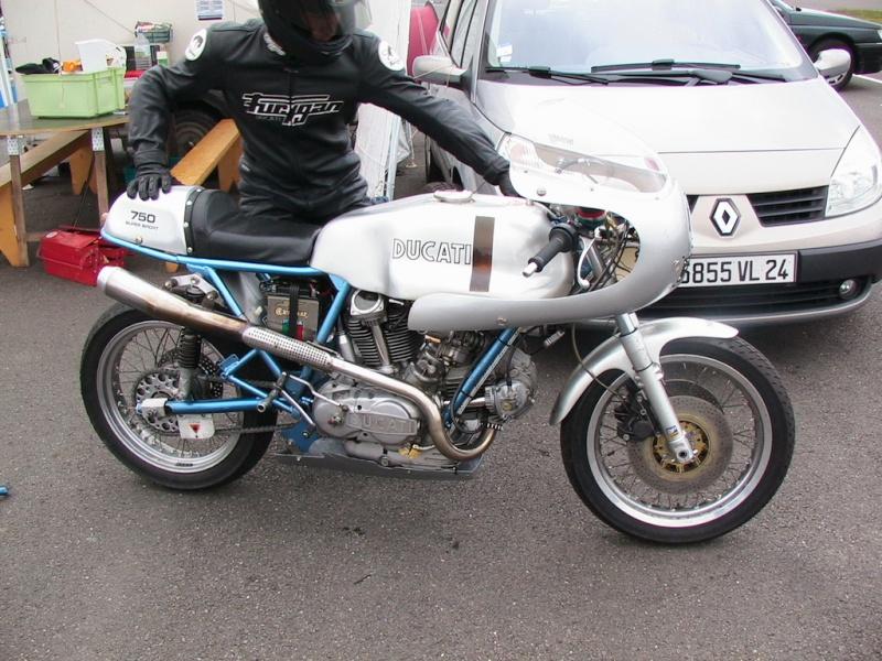 Ducati Twins à Couples Coniques : C'est ICI Img04210