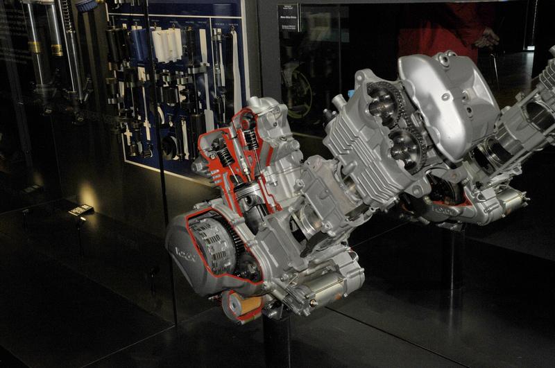 les plus beaux moteurs - Page 11 P6434710