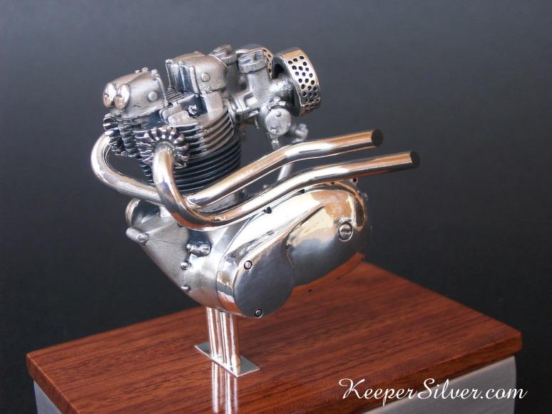 les plus beaux moteurs - Page 11 Web1210