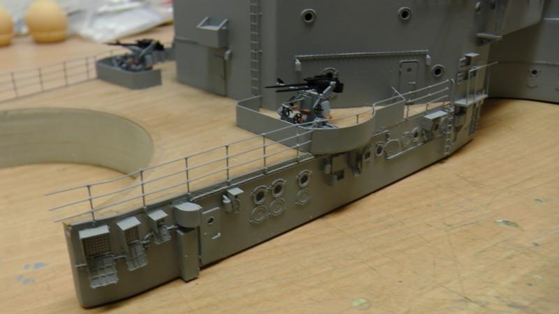 Bau der Bismarck in 1:100  - Seite 17 S1160021