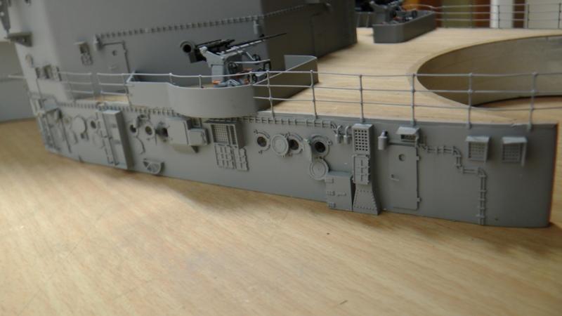 Bau der Bismarck in 1:100  - Seite 17 S1160022
