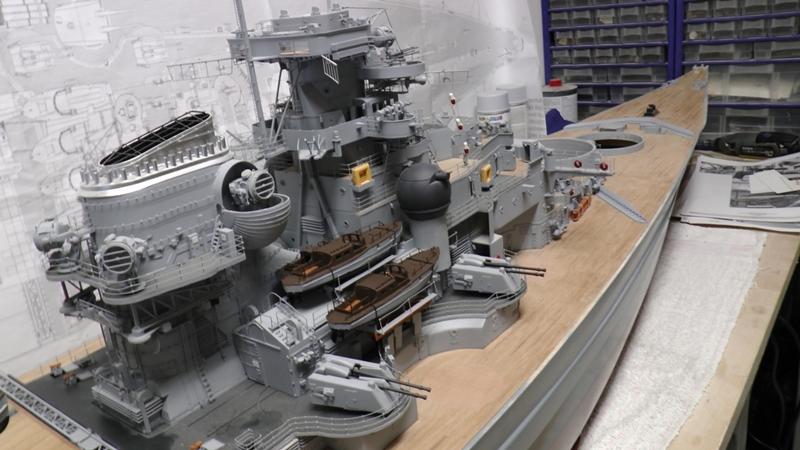 Bau der Bismarck in 1:100  - Seite 23 S1180022