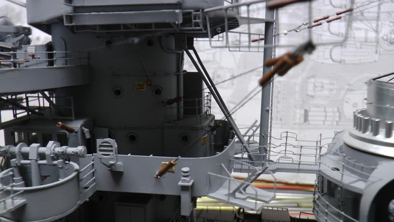 Bau der Bismarck in 1:100  - Seite 24 S1210011