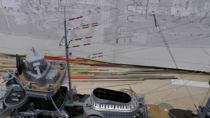 Bau der Bismarck in 1:100  - Seite 24 S1210018