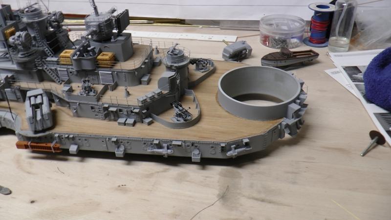 Bau der Bismarck in 1:100  - Seite 24 S1210025
