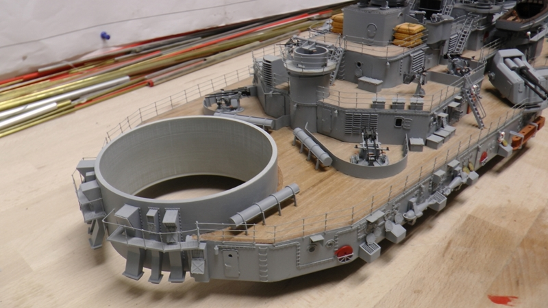 Bau der Bismarck in 1:100  - Seite 24 S1290027