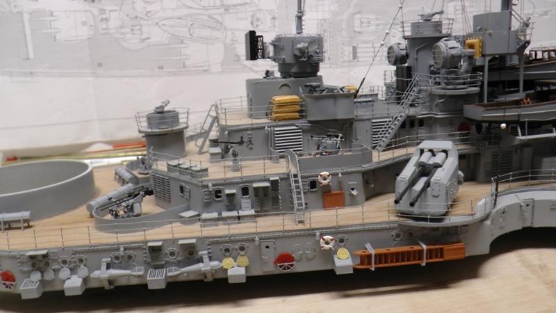 Bau der Bismarck in 1:100  - Seite 24 S1290029