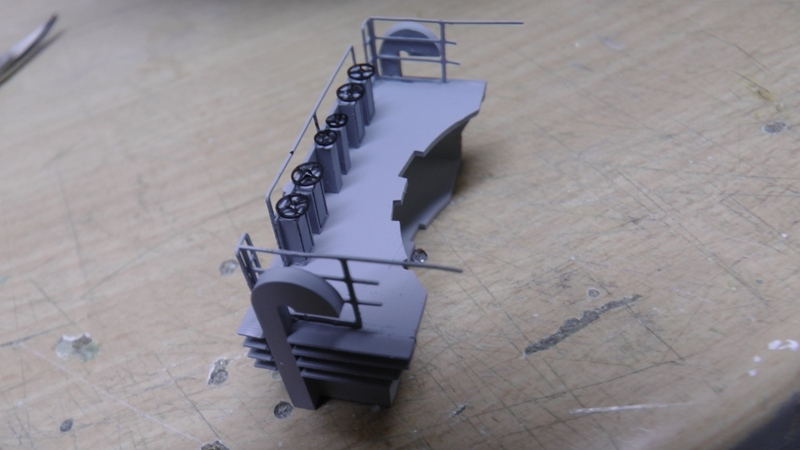 Bismarck 1:100 nur die Aufbauten  - Seite 18 S1310016