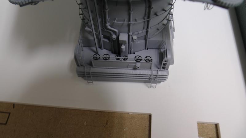 Bismarck 1:100 nur die Aufbauten  - Seite 18 S1320012