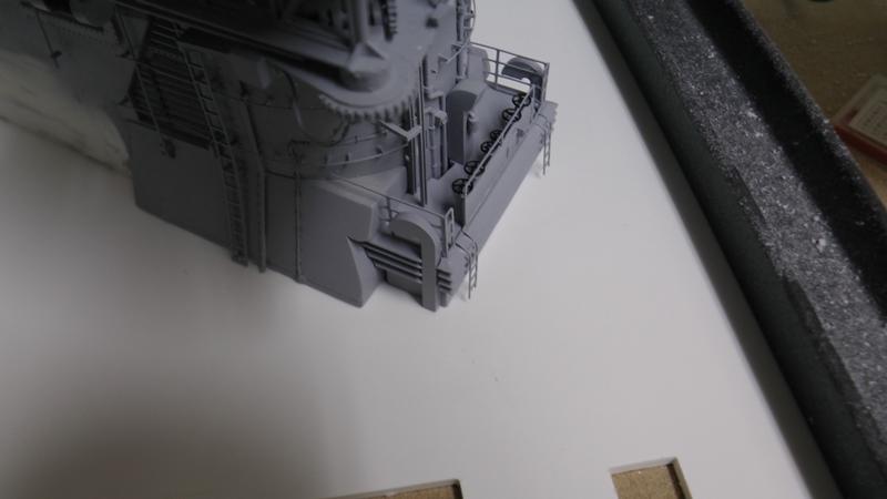 Bismarck 1:100 nur die Aufbauten  - Seite 18 S1320013