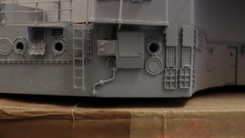 Bismarck 1:100 nur die Aufbauten  - Seite 18 S1330012