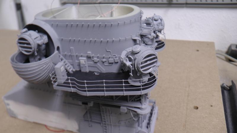 Bismarck 1:100 nur die Aufbauten  - Seite 18 S1370021