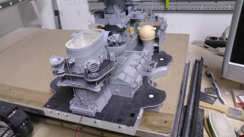 Bismarck 1:100 nur die Aufbauten  - Seite 18 S1370022