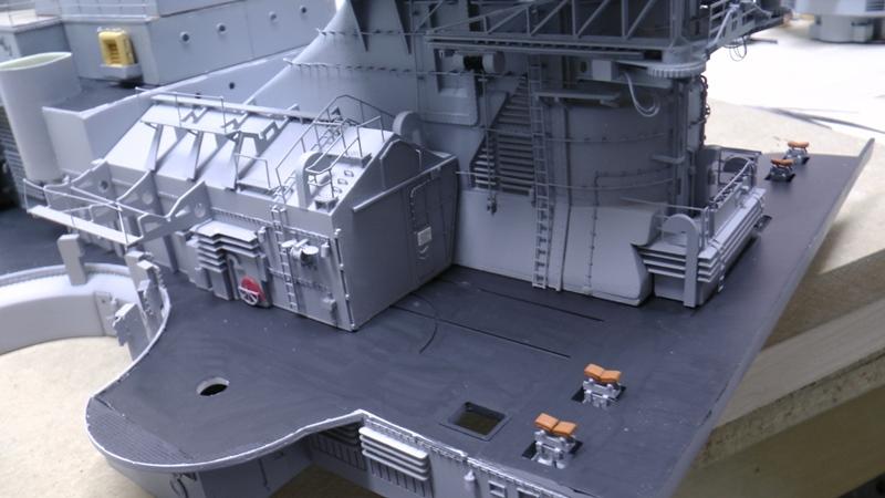 Bismarck 1:100 nur die Aufbauten  - Seite 19 S1460010
